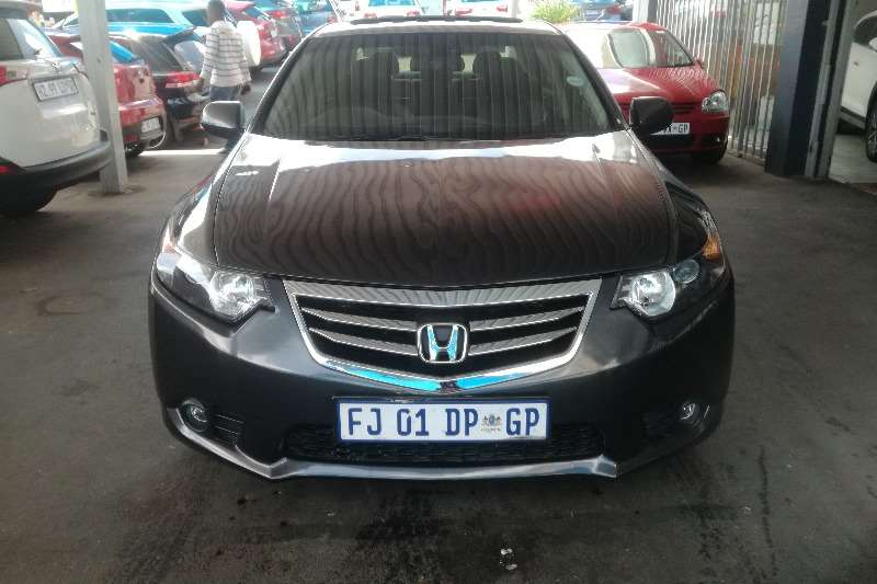 Honda Accord 2.0 automatic 2012