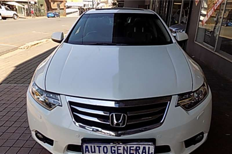 Honda Accord 2.0 Elegance 2012