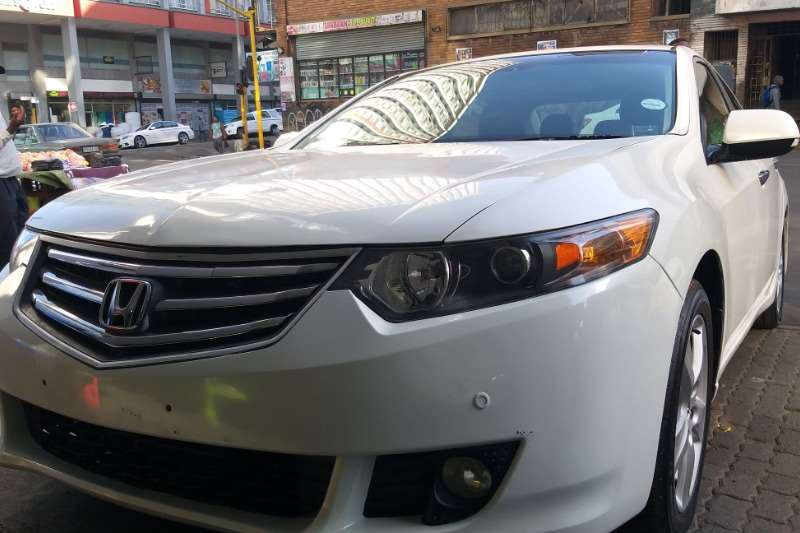 Honda Accord 2.4 Exclusive auto 2010