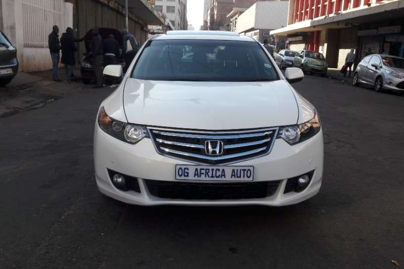 Honda Accord 2.4 Executive auto 2010
