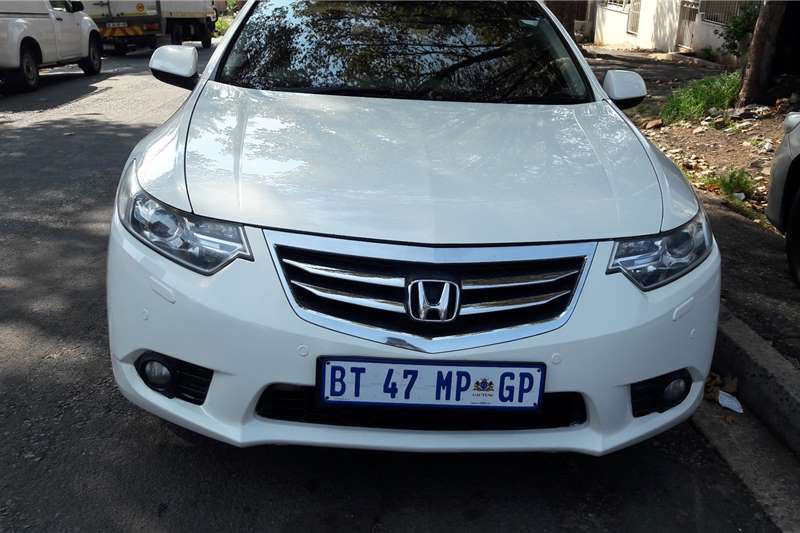 Honda Accord 2.4 Executive automatic 2012