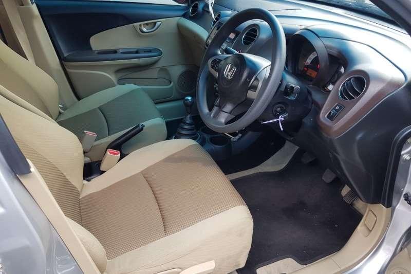 Honda Brio 1.2 Comfort 2014