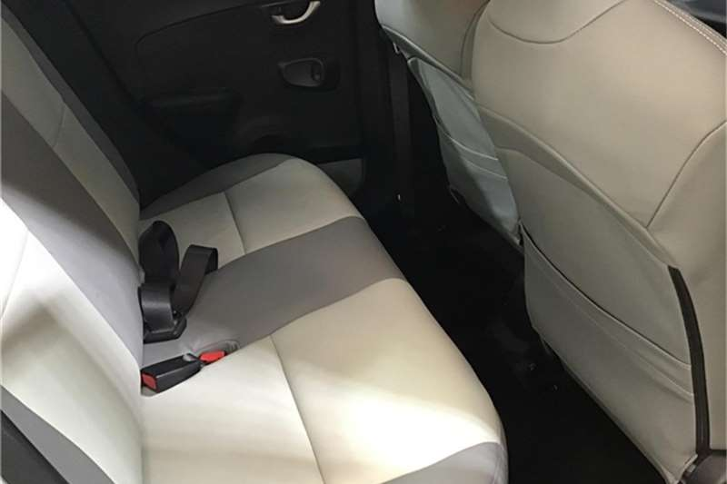 Honda Brio 1.2 Comfort auto 2016