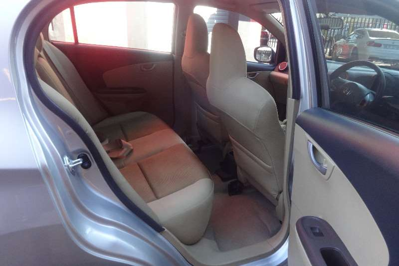Honda Brio Amaze sedan 1.2 Comfort 2013