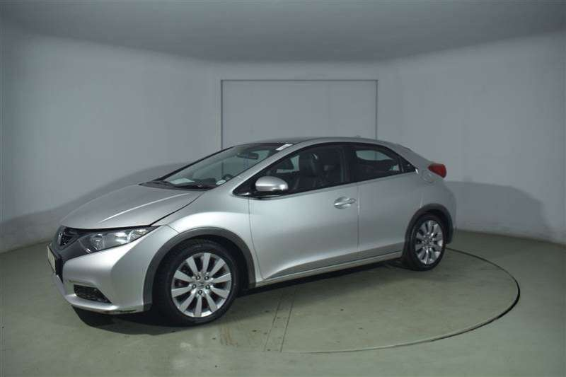 Honda Civic 1.8 EXECUTIVE 5DR 2013