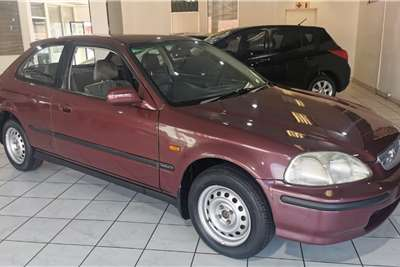 Honda Civic 150i 4 door automatic 2001