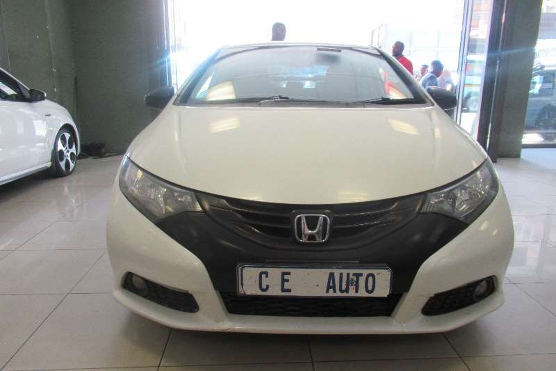 Honda Civic hatch 1.8 Elegance 2012
