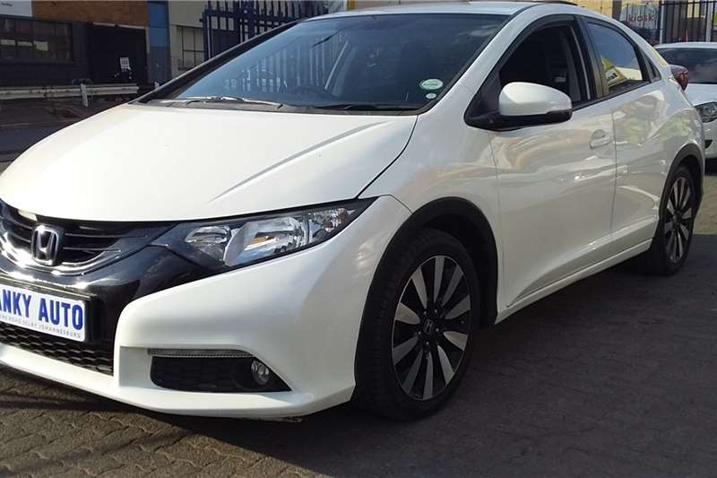 Honda Civic hatch 1.8 Elegance 2016