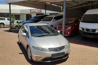 Honda Civic hatch 1.8 VXi 2010