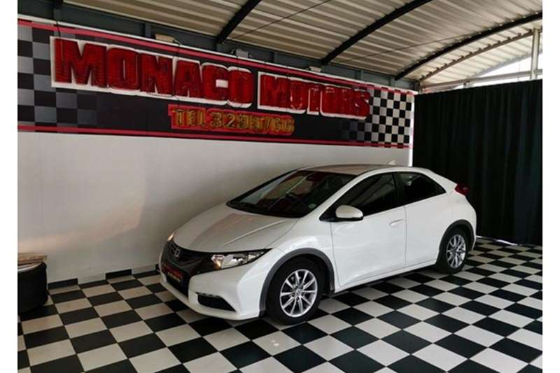 Honda Civic hatch 1.8 VXi 2012