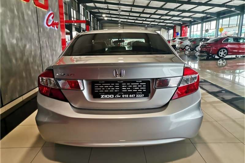 Honda Civic sedan 1.6 Comfort 2013