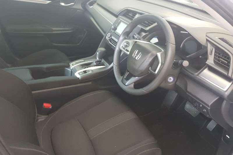 Honda Civic sedan 1.8 Comfort auto 2016