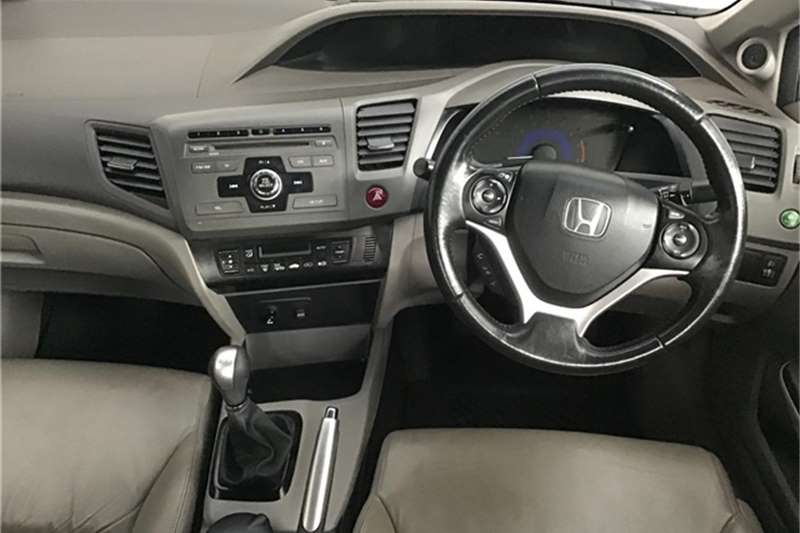Honda Civic sedan 1.8 Elegance 2014