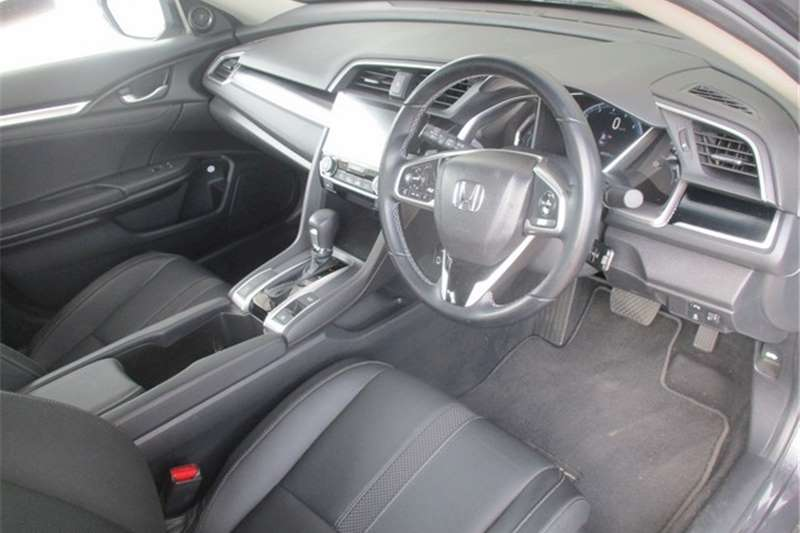 Used 2020 Honda Civic sedan 1.8 Elegance