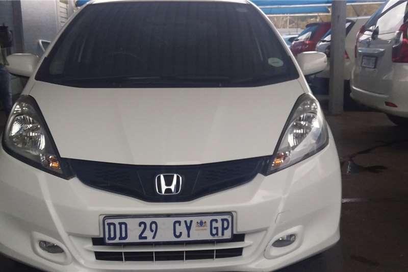 Honda Jazz 1.5 Dynamic auto 2014