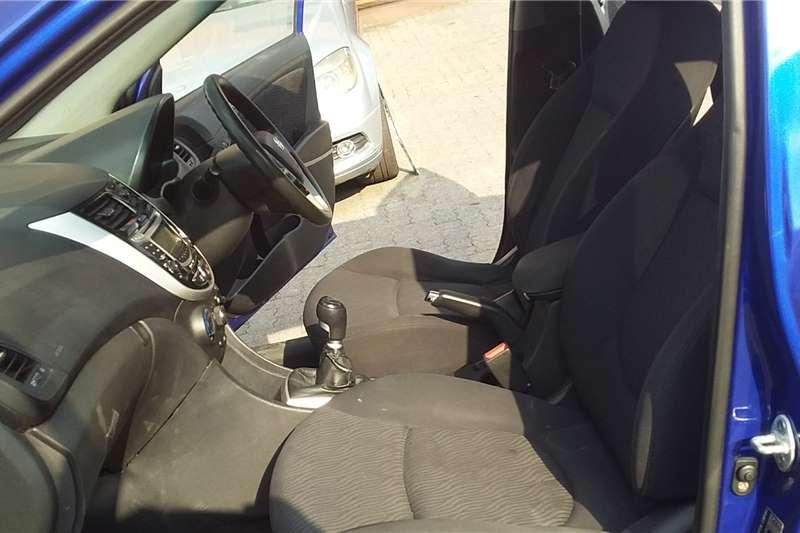 Hyundai Accent 1.6 GL 2012