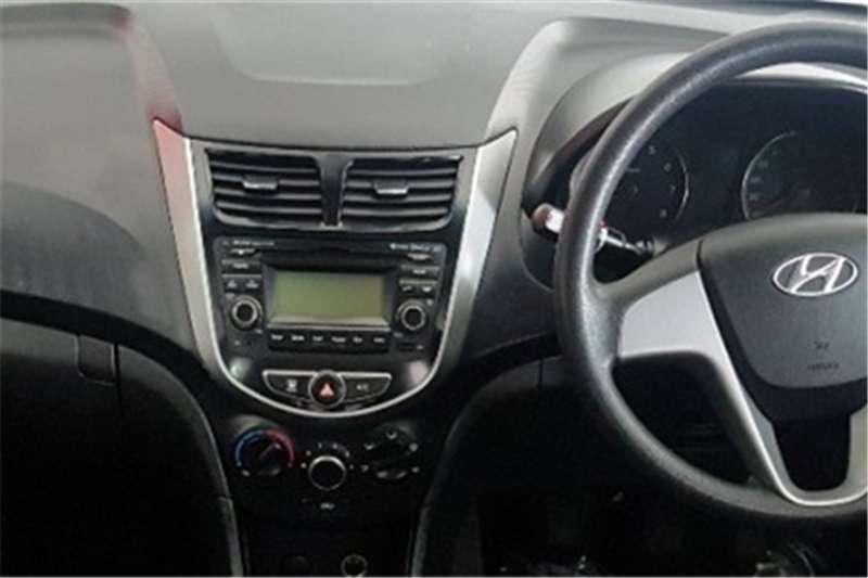 Hyundai Accent 1.6 GL 2017