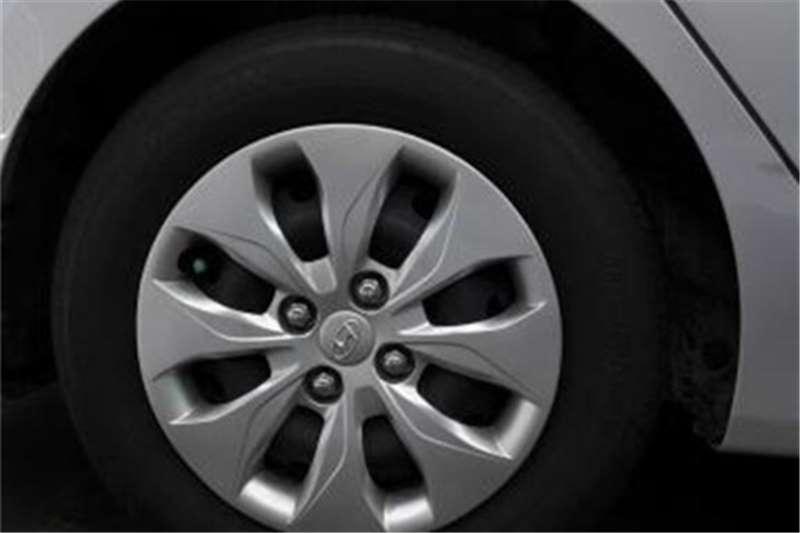 Hyundai Accent 1.6 GLS auto 2016