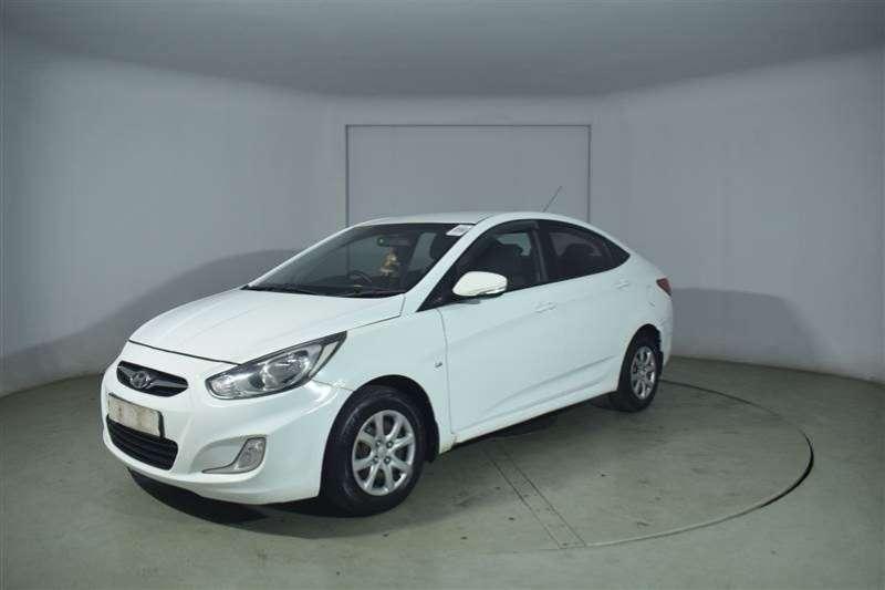 Hyundai Accent 1.6 GLS/FLUID 2012