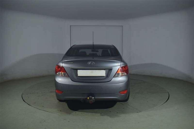 Hyundai Accent 1.6 GLS/FLUID 2014