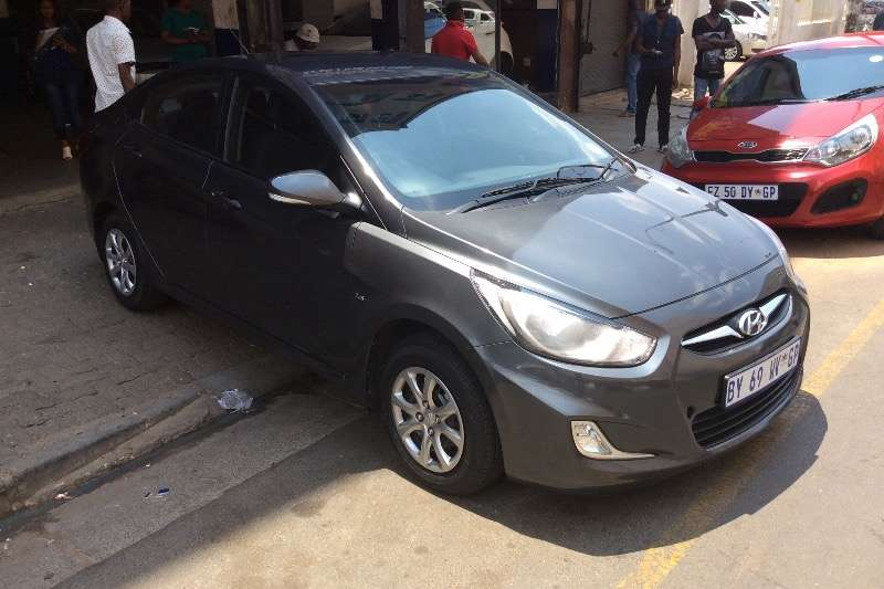 Hyundai Accent 1.6 GLS high spec automatic 2013
