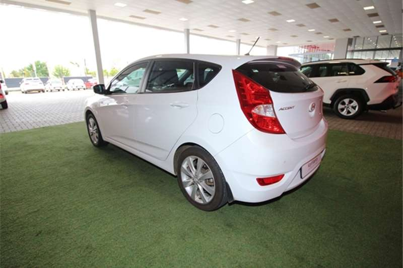 Hyundai Accent hatch 1.6 Fluid 2016