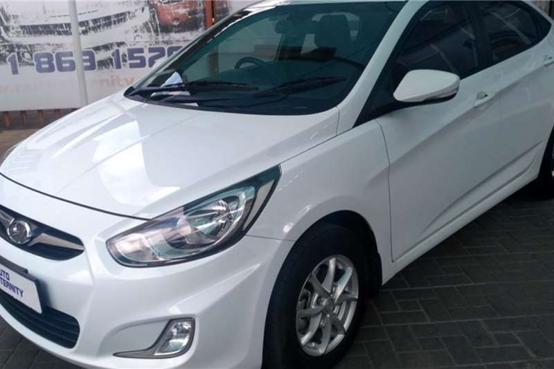 Hyundai Accent hatch 1.6 GLS/Fluid 2015