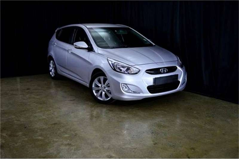 2016 Hyundai Accent hatch 1.6 Fluid