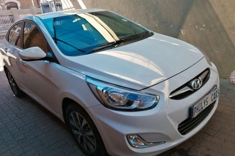2019 Hyundai Accent sedan 1.6 Fluid