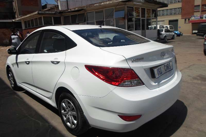 2013 Hyundai Accent Sedan >> Hyundai Accent Sedan 1 6 Fluid