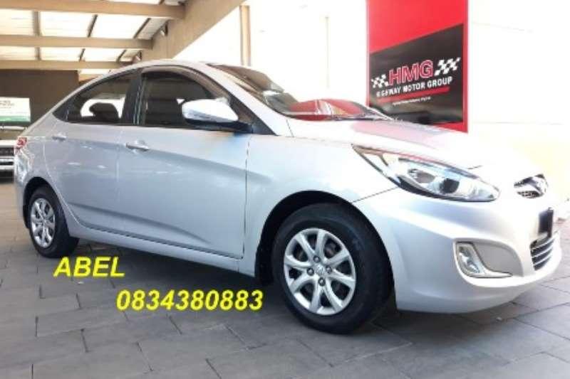 Hyundai Accent sedan 1.6 Fluid 2014