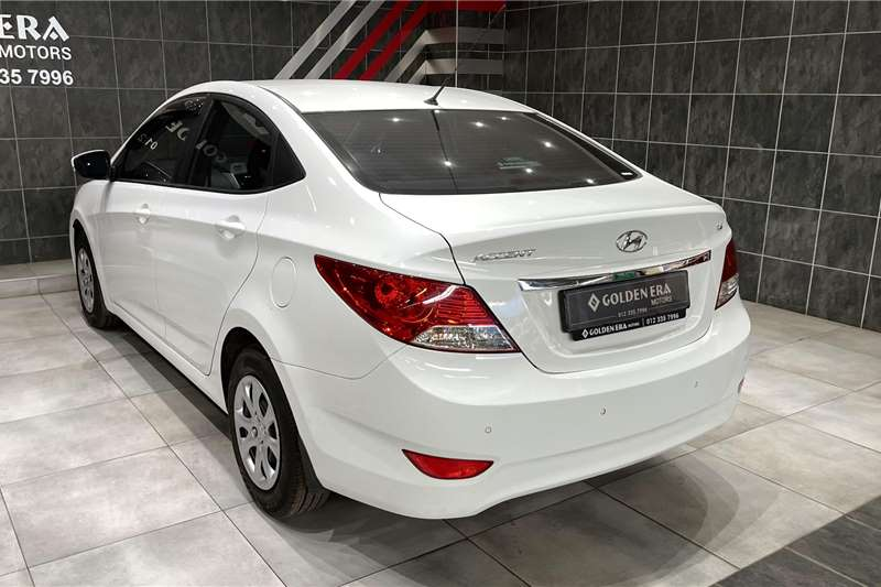 Used 2015 Hyundai Accent sedan 1.6 Fluid