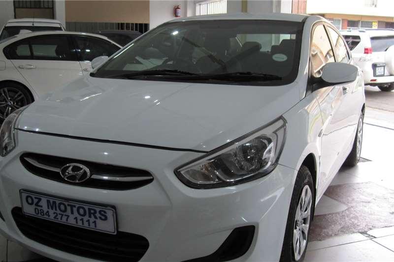 Hyundai Accent sedan 1.6 Fluid 2016