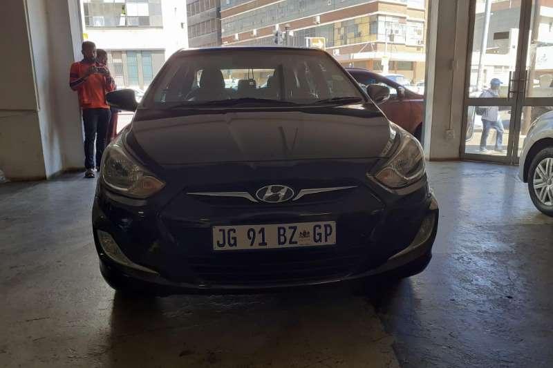 Hyundai Accent sedan 1.6 Fluid auto 2014