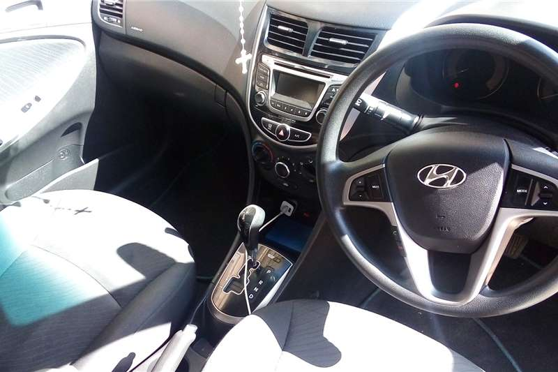 2016 Hyundai Accent Accent sedan 1.6 Fluid auto