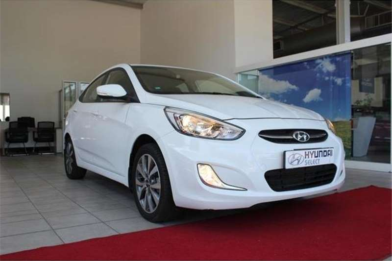 Hyundai Accent Sedan 1.6 Fluid Auto 2017
