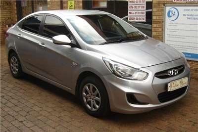 Hyundai Accent sedan 1.6 Motion 2012