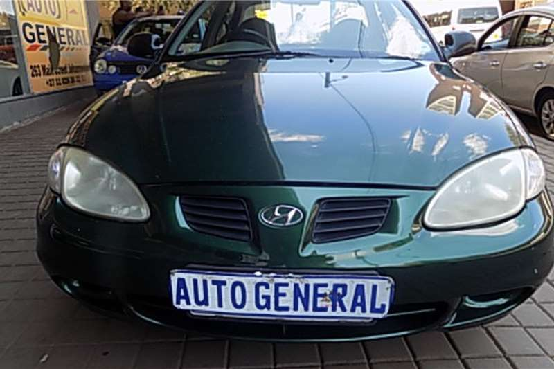 Hyundai Elantra 1.6 Executive 1998