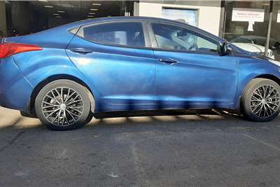 Hyundai Elantra 1.6 Executive 2012