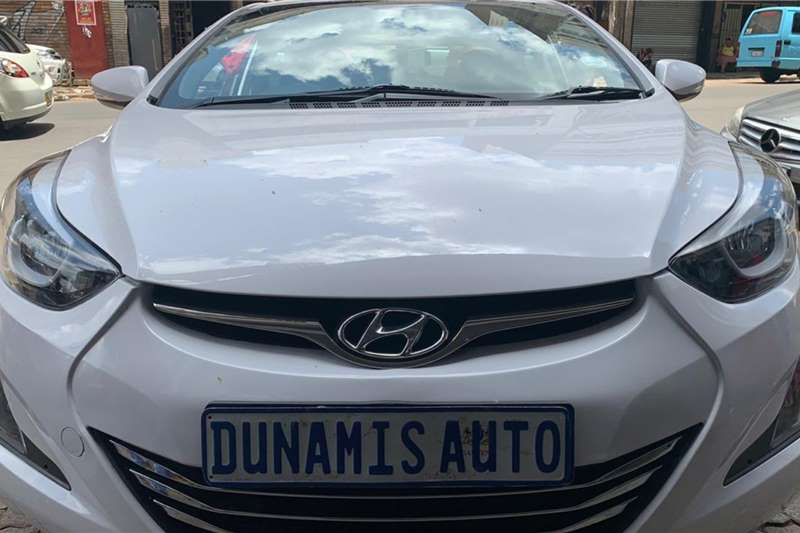 Hyundai Elantra 1.6 Executive 2016