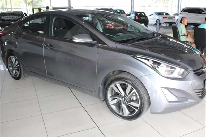 Hyundai Elantra 1.6 Executive auto 2016