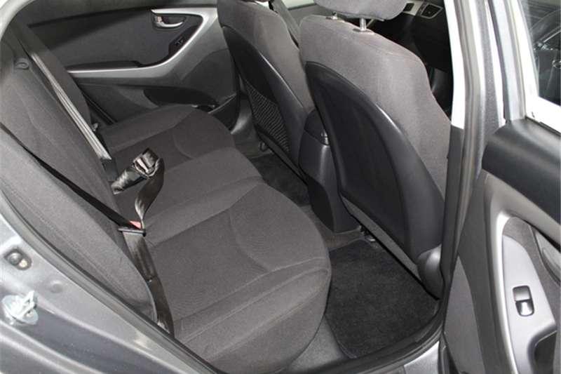 Hyundai Elantra 1.6 Executive auto 2016