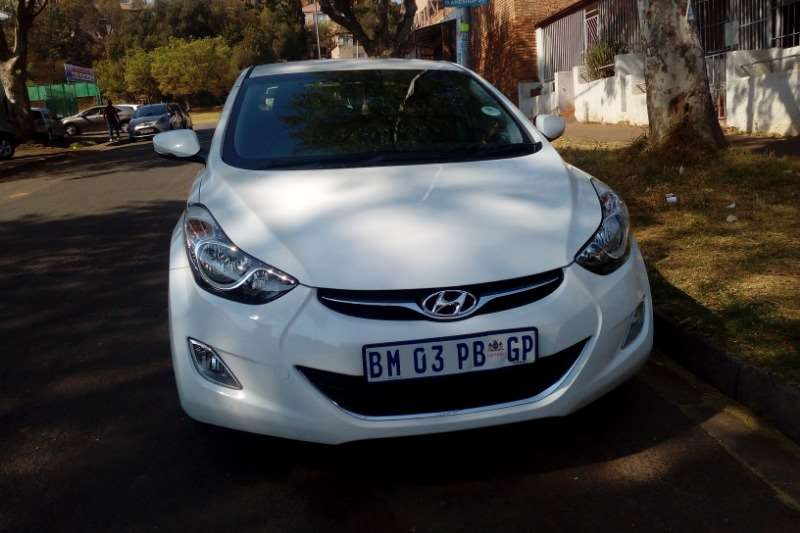 Hyundai Elantra 1.6 GLS automatic 2012