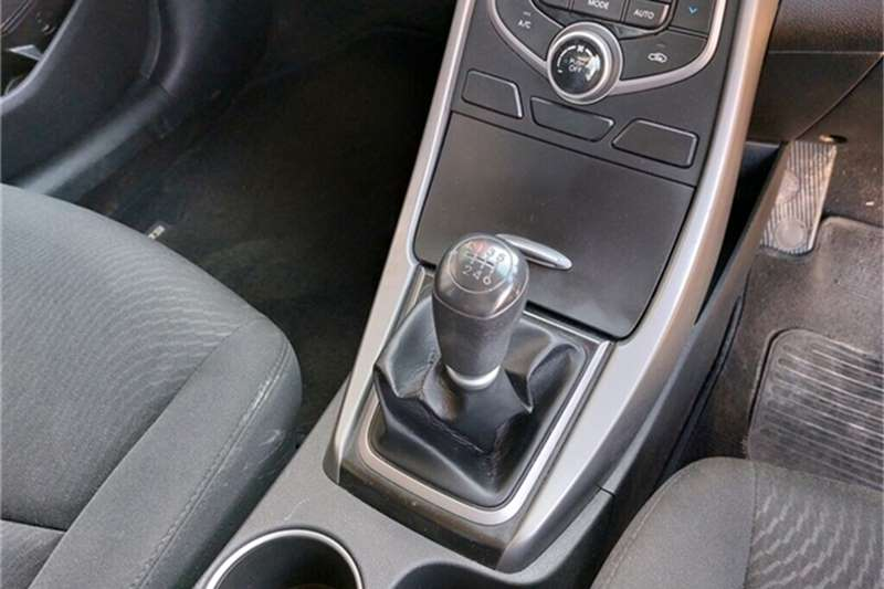 Used 2015 Hyundai Elantra 1.6 Premium