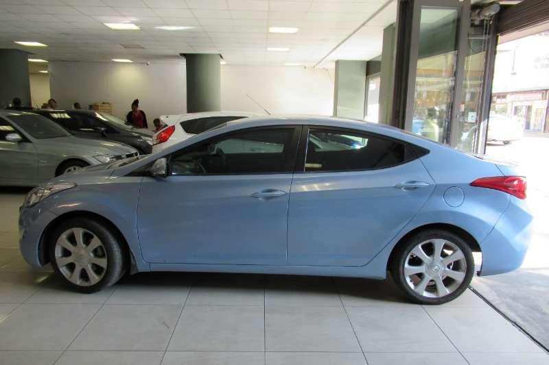Hyundai Elantra 1.8 Executive 2012