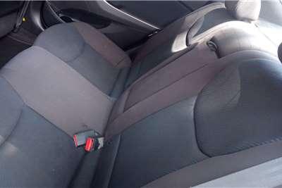 Hyundai Elantra 1.8 Executive auto 2011
