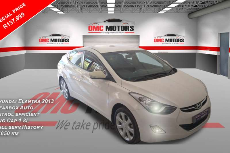 Hyundai Elantra 1.8 Executive auto 2013