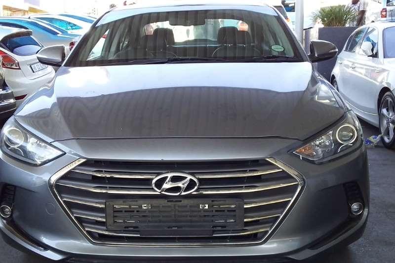 Hyundai Elantra 1.8 Executive auto 2018