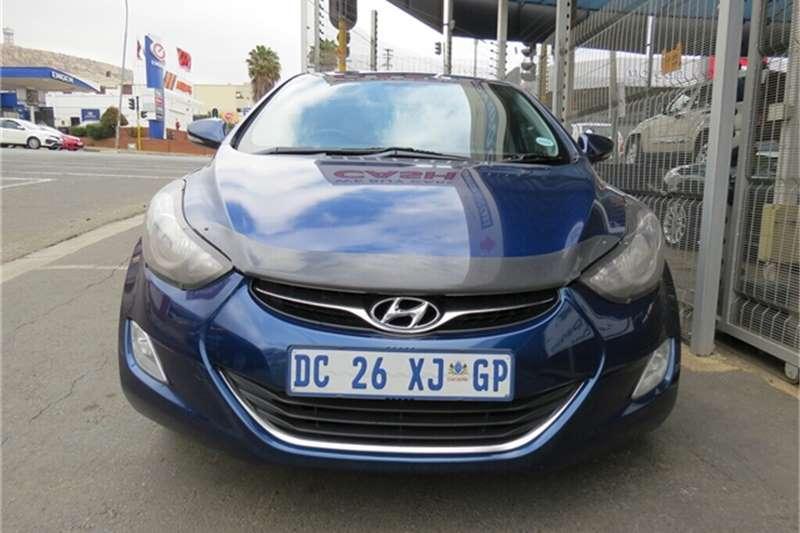 Hyundai Elantra 1.8 GLS 2014