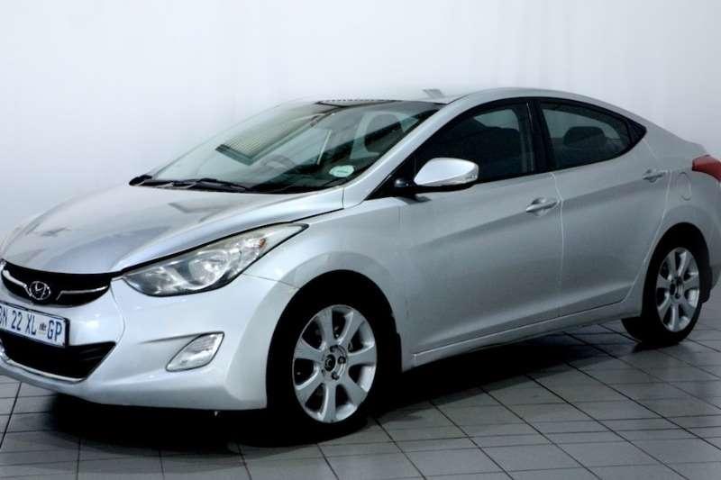 Hyundai Elantra 1.8 GLS/EXCLUSIVE 2011